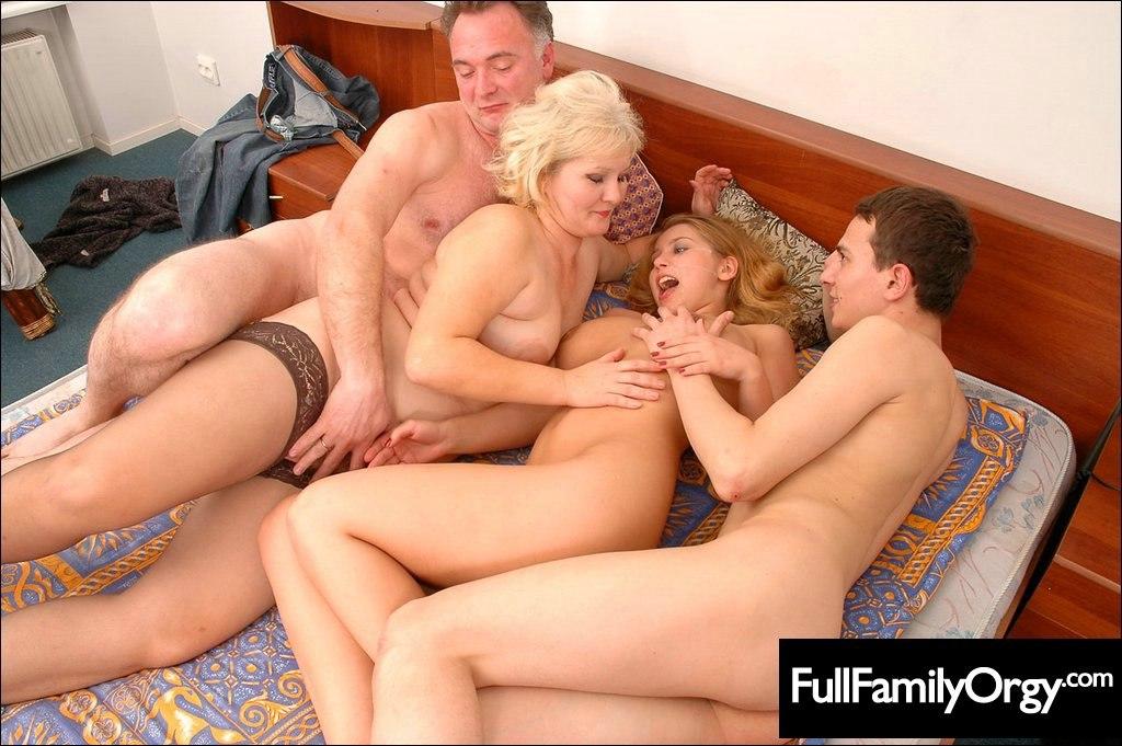 Порно видео онлайн секс с очень красивыми мамками