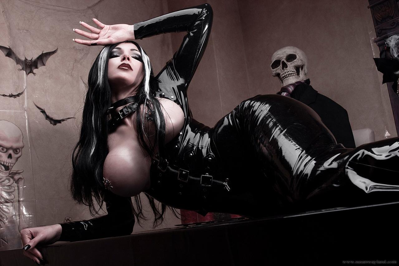 Sexy halloween vampire art fucking comics