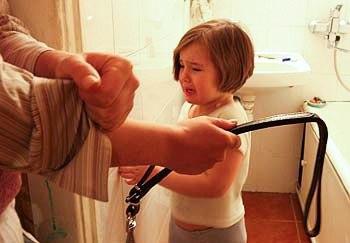 Від побиття до агресивної нації: Чому ніколи не можна бити дітей - фото 2