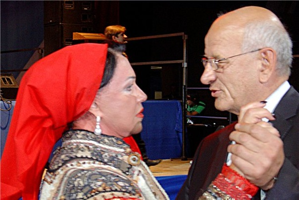 Бабкина и Берг пляшут на форуме ЕР