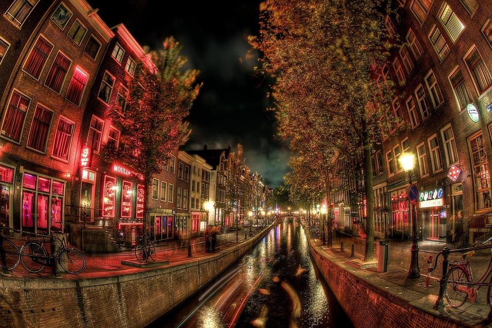 амстердам красные фонари шлюхи