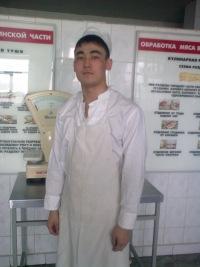 Тлевалдэ Шуканов, 14 января 1990, Вольск, id135607501