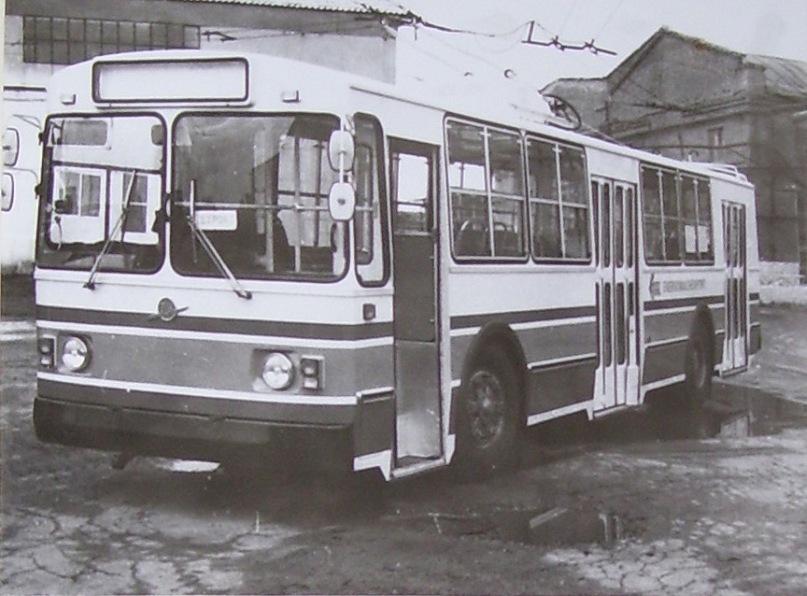 ЗиУ-682 для Индии