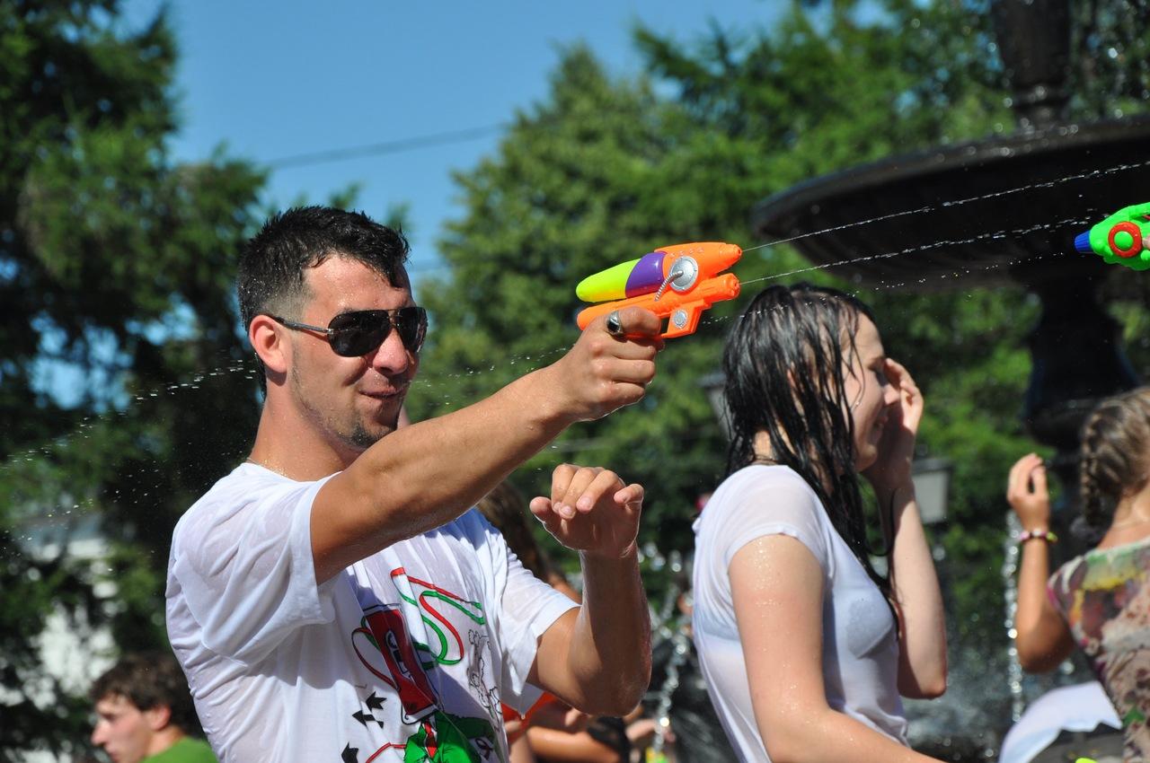 водная битва кострома 02.07.2011