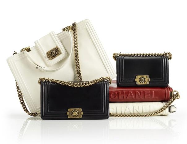 Осенью-2011 Chanel выпустит новую коллекцию сумок Boy Bag Collection.