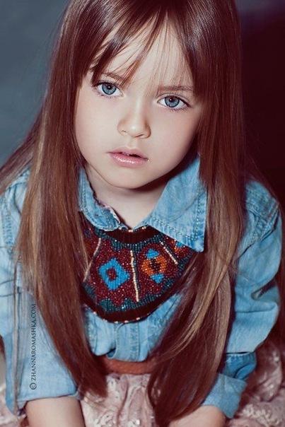 Самые красивые коттеджи фото. фото самой красивой маленькой девочки.