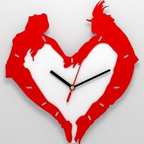 """Настенные подарочные стилизованные часы  """"Сердце """" из двух"""