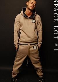 Спортивная одежда adidas для мужчин - Купить мужские.