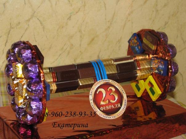 Новогодние подарки своими руками из конфет на