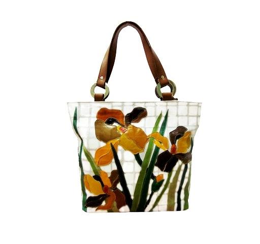 где можно купит женские сумки по дешевой цене.