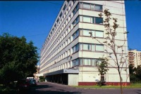 ...организовало работы капитального ремонта фасада здания больницы с установкой новых оконных блоков, используя...