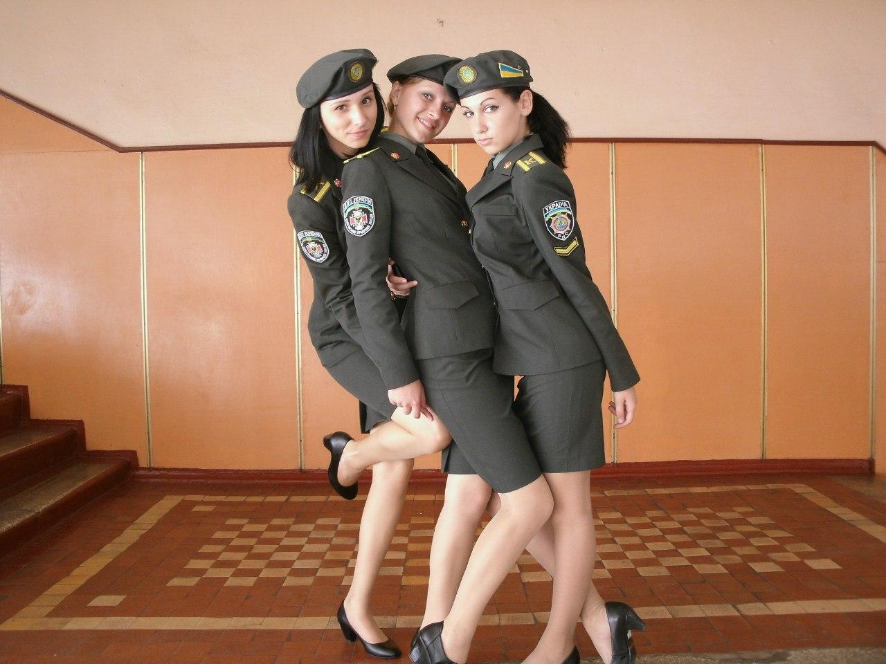 Фото женщин в милицейской форме 5 фотография