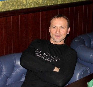 Eduard Kuznecov, Saint Petersburg