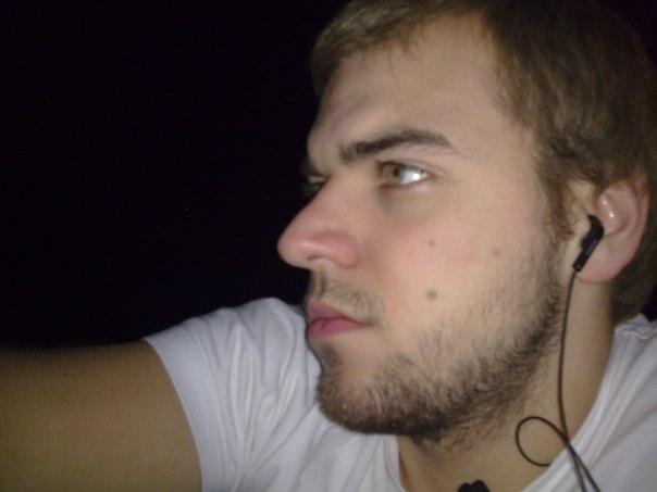 Александр Антонюк |