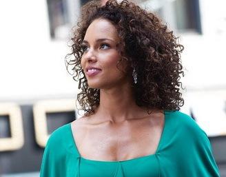 R&B дива спела на улицах Нью-Йорка
