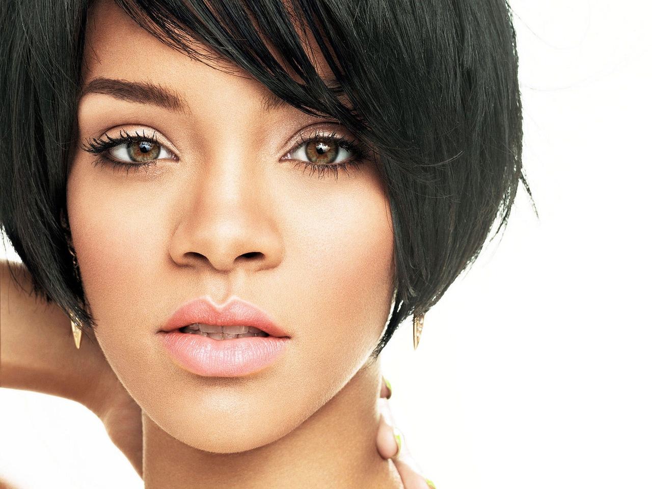 Rihanna грозит судебное разбирательство