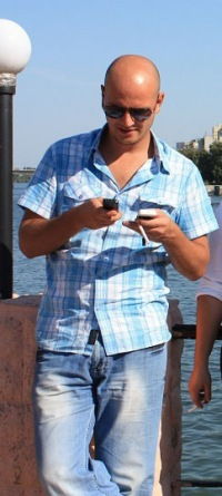 Анатолий Савенков