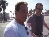 Bill Pettis & Arnold Schwarzenegger Venice Muscle Beach Видео Загрузил Юра МЫцык