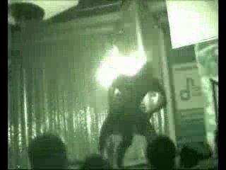 Это ролик Эротического трюкового шоу со спецэффектами. Нарезка из разных номеров. Предлагаю артдиректорам ночных клубов своё шоу