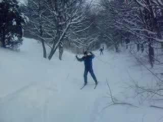 лыжные сборы ( спуск с крутого склона)
