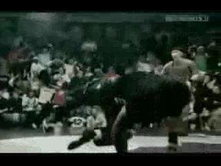 Один из самых лучших и популярных би боев в мире B Boy Junior ака Buana
