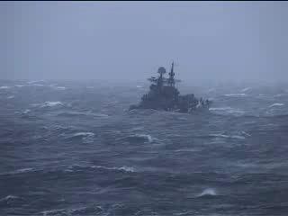 Эсминец Адмирал Ушаков в шторм смотреть когда в жизни трудно