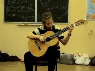 кто сказал что гитара и таракан не совместимы???