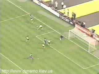 Лига чемпионов 1996 97 Финал Боруссия Ювентус 3 1 Гол Алессандро Дель Пьеро вид сверху