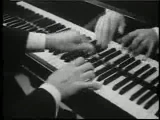 Джордж Гершвин - Rhapsody in Blue (Рапсодия в блюзовых тонах 1945)