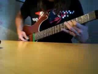Псих, но охуенно играет на гитаре!