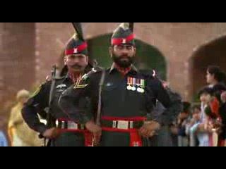 СТРОЕВОЙ ШАГ! Церемония закрытия индо-пакистанской границы
