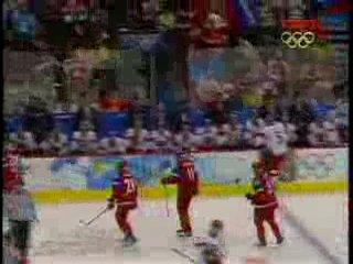 ОИ 2010 в Ванкувере. Хоккей. Силовой прием Овечкина против Ягра. Россия-Чехия 4:2
