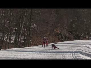 Лыжный АД! Не дай бог такого в лесу встретить.