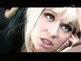 Блондинка и