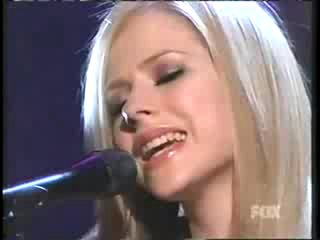 Avril Lavigne Nobody's Home Live Acoustic