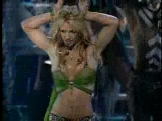 Britney Spears - I'm A Slave For 4 U (Live MTV VMA 2001)