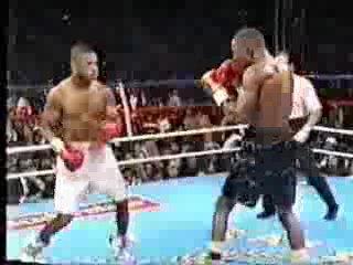 22. Рой Джонс vs Бернард Хопкинс (1 бой)  (22 мая 1993 г.)