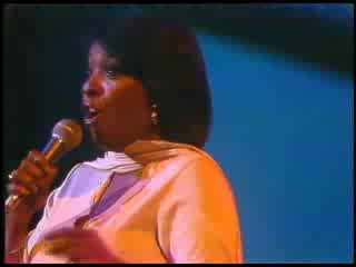 Thelma Houston - Don't Leave Me This Way (Live Midnight Special 1977)