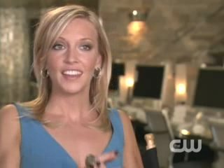 ║• Melrose Place Interview: Katie Cassidy (2009)