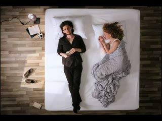 Что можно сделать с парнем, девушкой и кроватью...