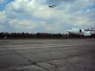 Первый взлет Ан-158 Ан-148 28.04.2010