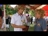 Утопим Мону! (1999) Бетт Мидлер