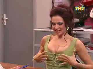 golaya-aktrisa-seriala-schastlivi-vmeste