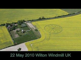 Круги на полях 2010. Огромная формация в UK, обнаруженная 22 мая 2010.