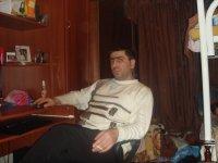 Армен Апресян, Чаренцаван