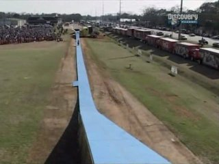 Экстремальные машины: Невероятные прыжки на мотоциклах (Discovery)