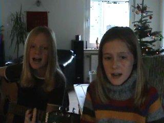 Fiomily (Фиона и Эмили)-Hypnotized
