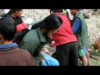 Непал 2010 - Разделка мяса