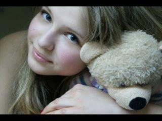 Это девочка умерла 15 апреля 2010 года=( Утром Настя позвонила классной руководительнице и сказала что не придёт в школу, из за
