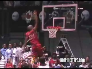 James white gets his head over the rim